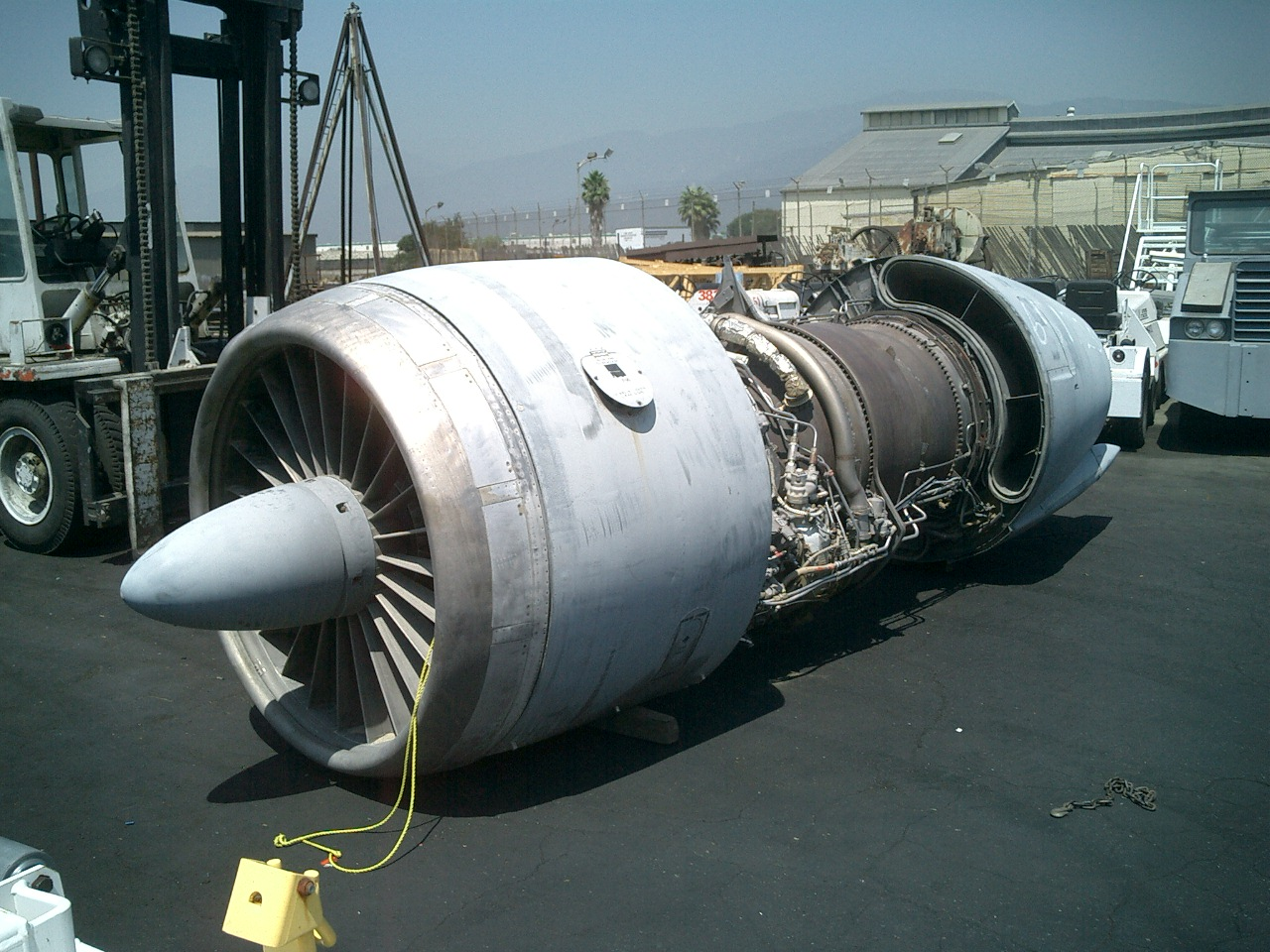 GE Turbo Fan Aircraft Engine | Planet GSE